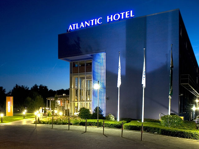 ATLANTIC Hotel Universum Impression
