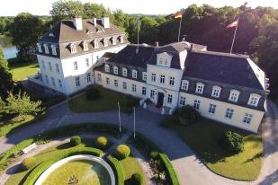 Schloss Groß Plasten Impression